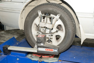 Wheel alignment head  on Wheel 330
